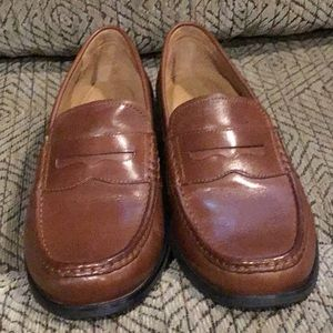 DR5) Men's brand new Cole Haan hand sewn Shoes